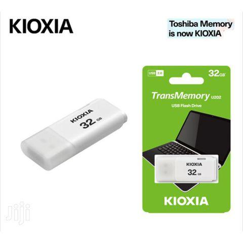 USB KIOXIA 2.0 32GB